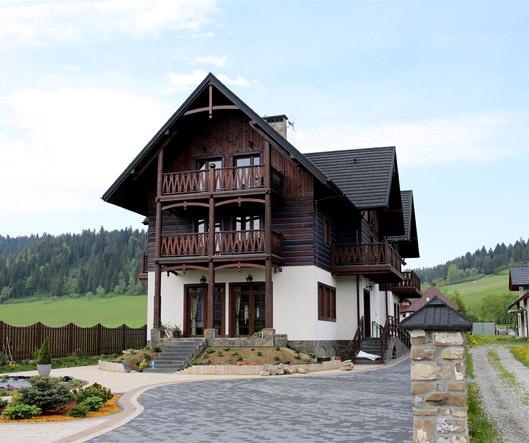 Dopełnieniem zalet uzdrowiskowych a także turystycznych jest dom wypoczynkowy Szczawno-Zdrój.